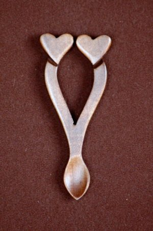 lovespoon favour D