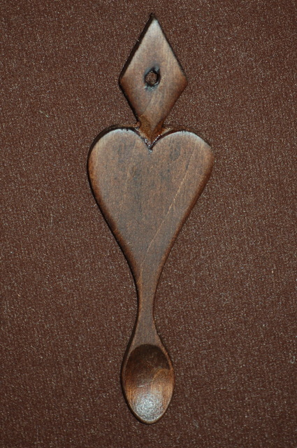 Lovespoon favour F